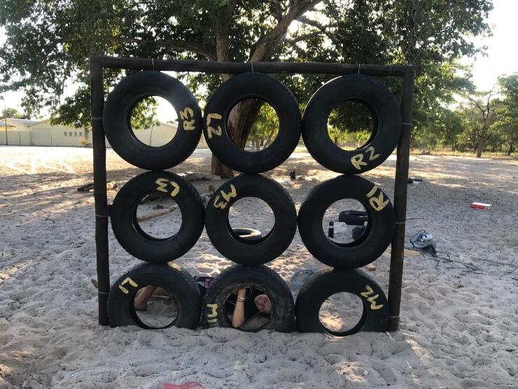 Klettergerüst Reifen : Woche 14 u2013 unser spielplatz 365 tage namibia